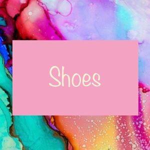Shoes ✨READ DESCRIPTION BOX✨